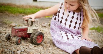 Best Remote Control Tractors – The Ultimate List