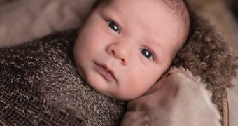 Stopping Swaddling: A Guide to How and When