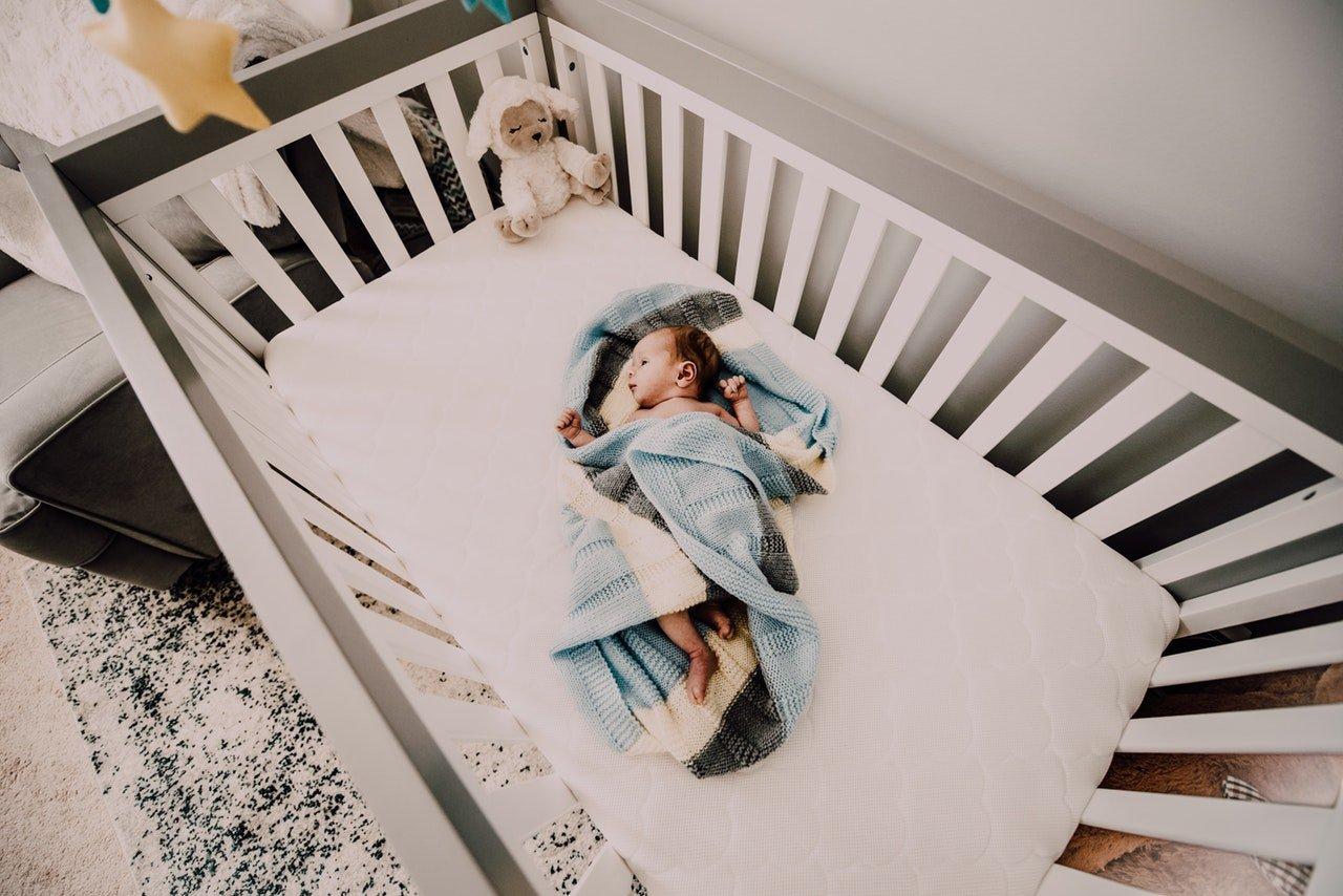 crib height